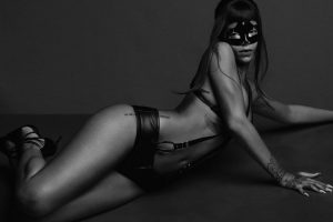 rihanna-for-another-magazine-by-inez-vinoodh-1
