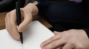 La mano bionica monitorata dal pensiero 2015