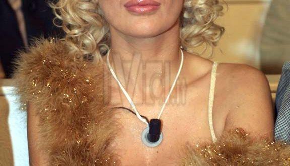 Tina Cipollari: suo marito parla di divorzio chicco