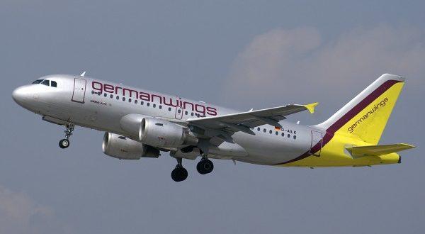 disastro aereo germanwings_